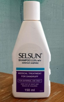 selsun 2.5 bottle
